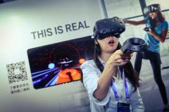 HTC汪丛青:VR没有寒冬 设备更新遵循摩尔定律