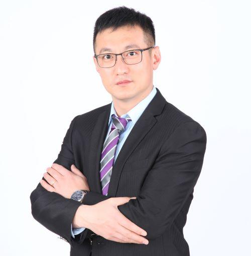 <b>李晓雷</b>
