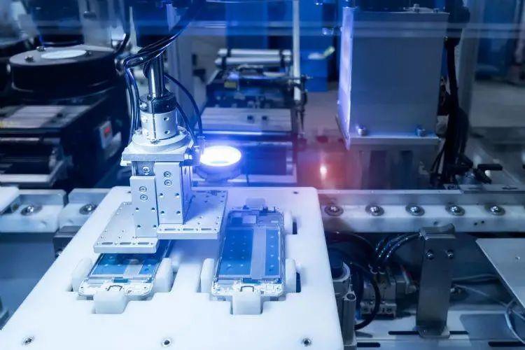 <font color='#000099'>机器人视觉大幅解放人工劳动力,提高自动化水平!</font>